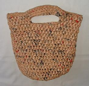 Crochet Pattern For Bags Plastic : Crochet a Recycled Handbag from Plastic Grocery Bags My ...