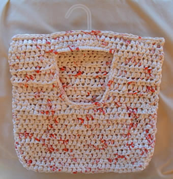 Crocheting Using Plastic Bags : Crochet a Recycled Clothes Pin Bag My Recycled Bags.com