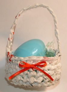 Mini Plarn Easter Egg Basket