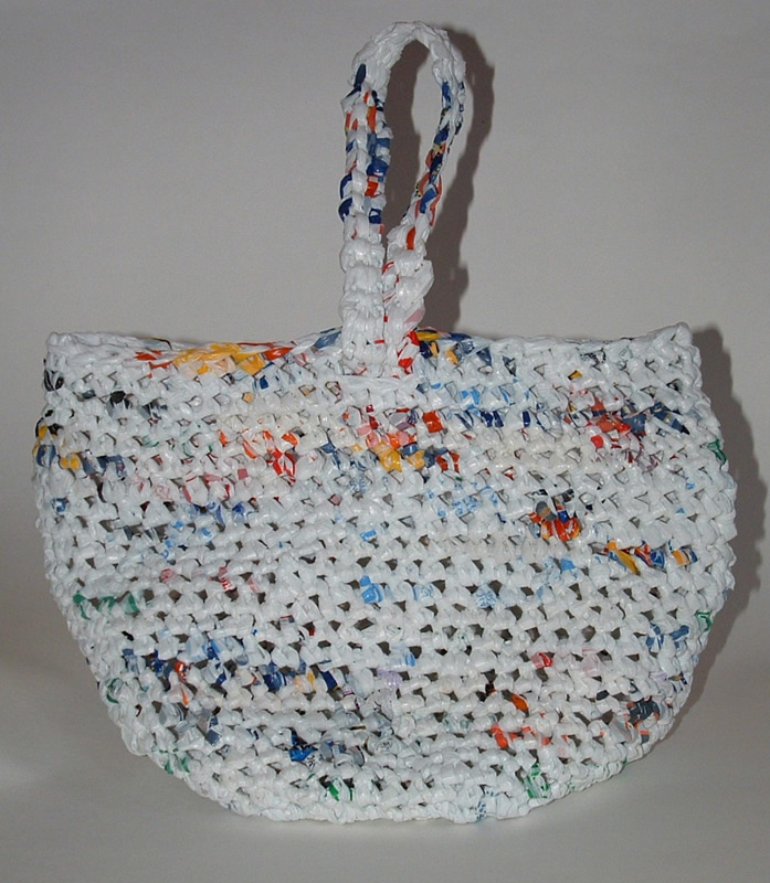 Crochet Pattern For Bags Plastic : BAG CROCHETING PATTERN PLASTIC FREE PATTERNS
